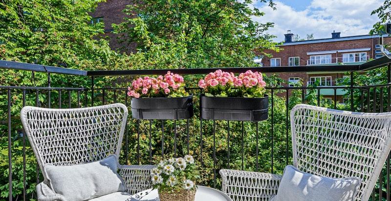 Utsynet fra balkongen er meget fint.