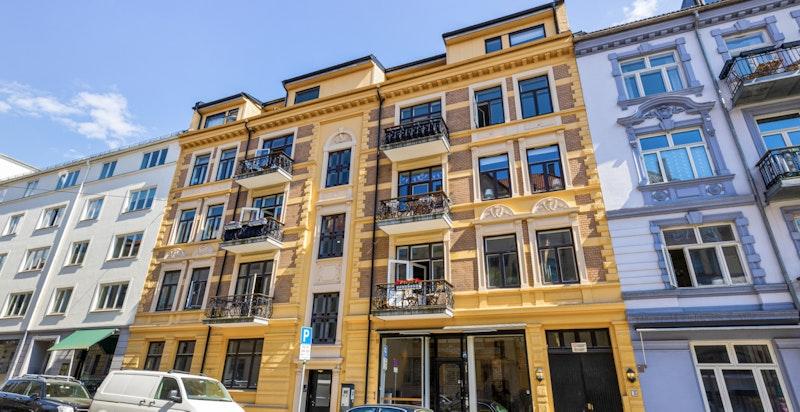 Fasade sett fra gaten