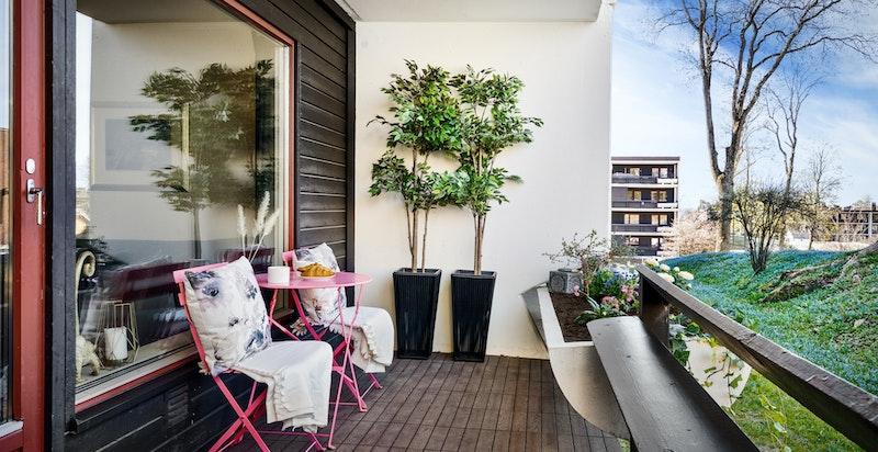 Vestvendt terrasse på ca 10 kvm