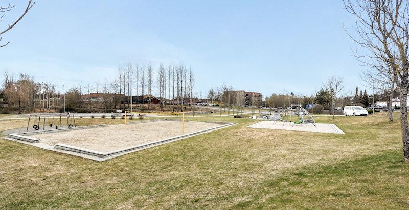 Området har et rikt aktivitetstilbud samt flotte turområder.