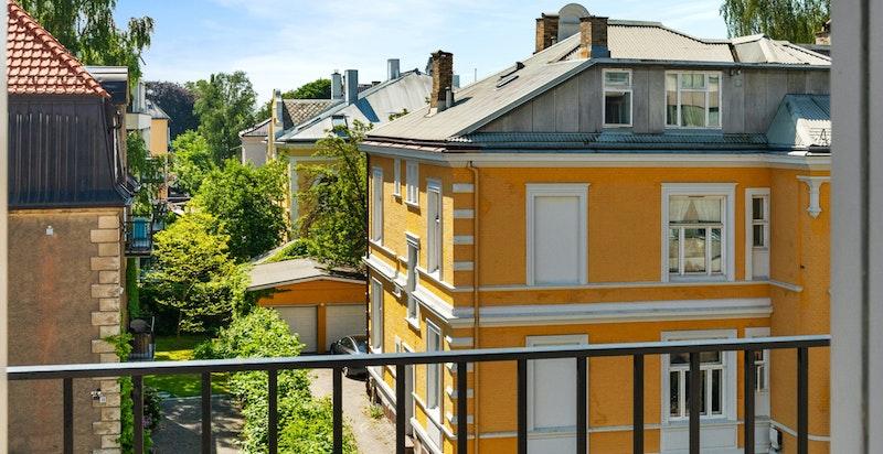 Fra balkongen