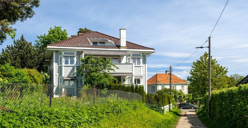 Velkommen til Ivar Aasens vei 14 B