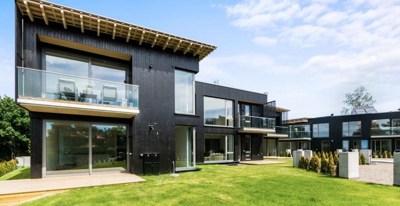 Nye og eksklusive leiligheter tegnet av sivilarkitekt Niels Torp. Boligene er innflyttingsklare.