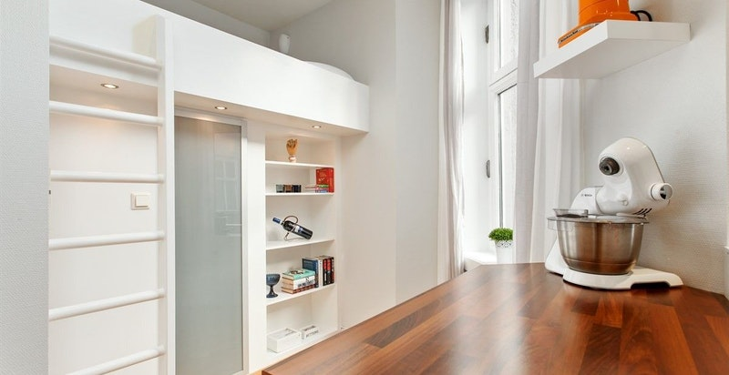Walk in - closet under sovehems