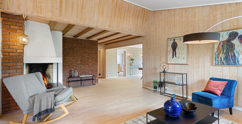 De flotte gulvene er nyslipt og behandlet i 2021