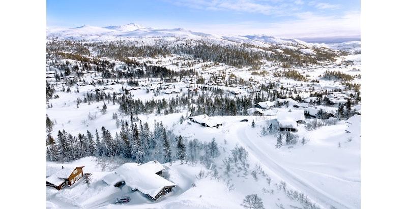 Utsikt mot øst-sydøst tatt med foto fra Toppen-området i februar 2021