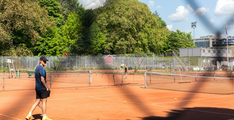 Frogner Tennis like i nærheten