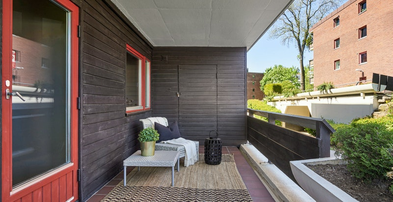 Terrasse med utgang fra hovedsoverom