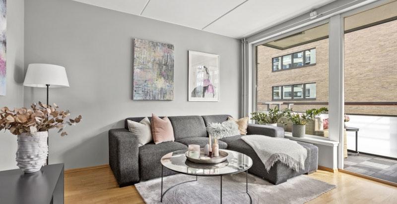 Det er behagelig å bo i et nyere bygg med blant annet balansert ventilasjon.