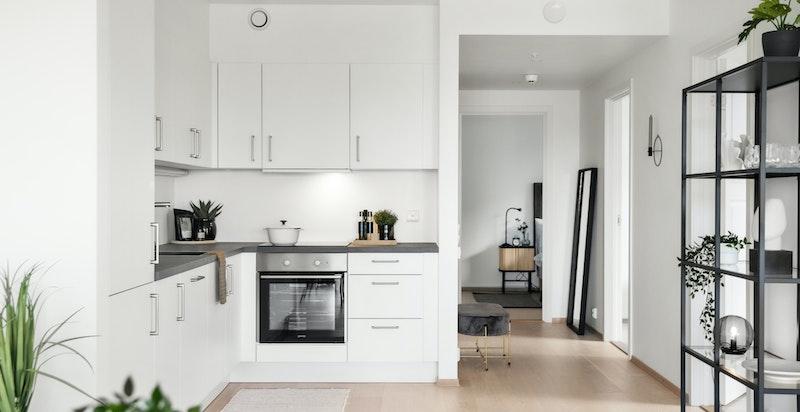 Stilrent og moderne kjøkken levert av KEO.