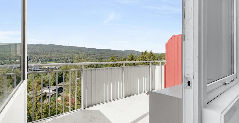 Velkommen til Folke Bernadottes vei 2, en flott toppleilighet beliggende rett ved Sognsvann