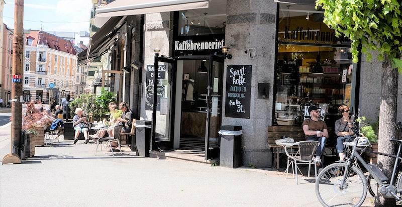 Morgenkaffen kan nytes hos Kaffebrenneriet.