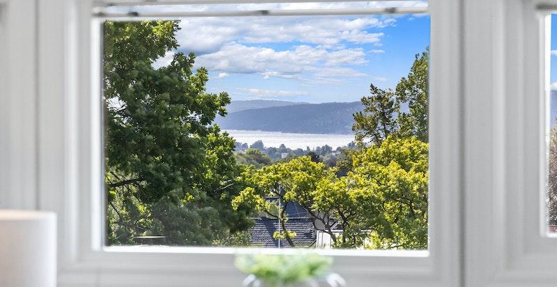 Utsikt fra stue nedover mot Oslofjorden