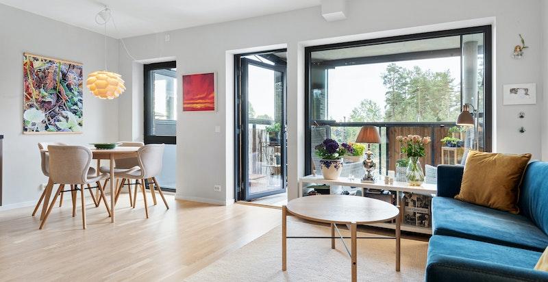 Velkommen til Trelastveien 1 B - en lys og moderne leilighet i et hyggelig nabolag.