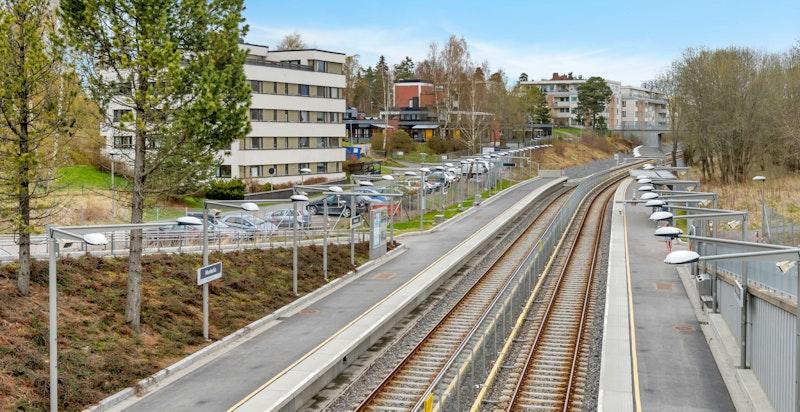 Munkelia T-bane ligger kun 200 meter fra boligen.