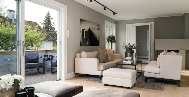 Det er gjort gjennomførte og kvalitetsbevisste materialvalg i hele boligen.